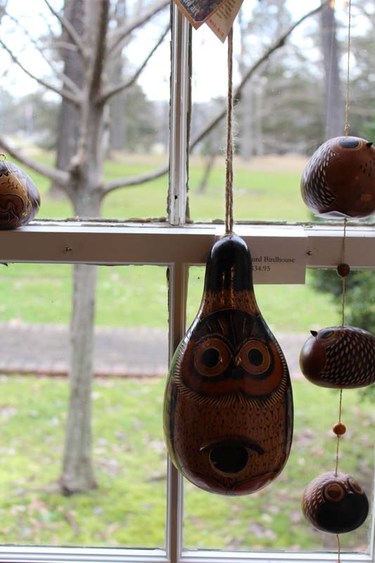 BIRD FEEDER NATURE CARVED GOURD